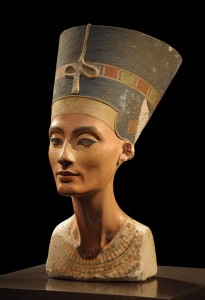 Nefertiti - Neues Museum - WikiCommons
